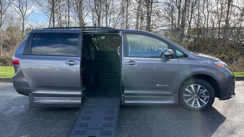 Used 2018 Toyota Sienna.  ConversionBraunAbility Toyota Rampvan XL